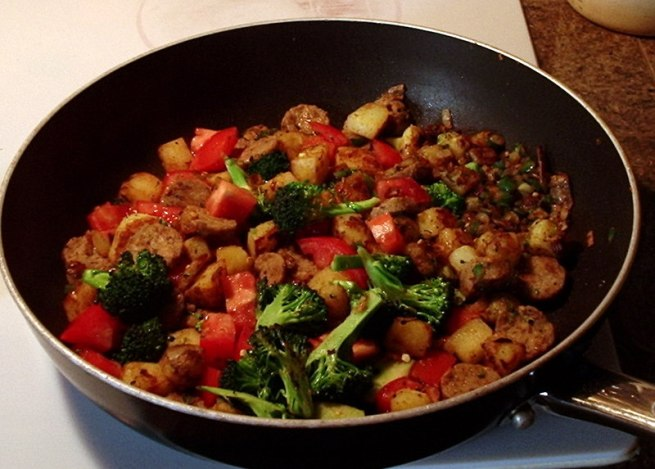 potato-onion-jalapeno-garlic-broccoli-sausage-tomato